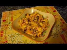 Простой и вкусный салат из курицы и грибов на скорую руку, на день рождения или Новый год!