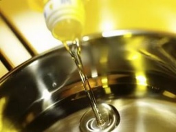 Разогрето ли масло в сковороде проверяют хлебом от шеф-повара /  Илья Лазерсон / Обед безбрачия