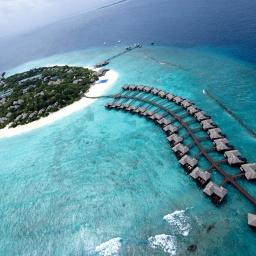 Мальдивские острова: Погрузись в блаженство: Жемчужины в теплых водах Индийского океана