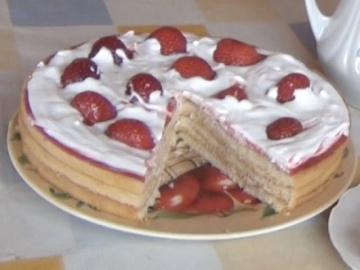 Огород где все растет 12.Торт красавец из магазинных коржей. Торт с клубникой.
