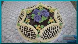 Как украсить кремом простой бисквитный торт в домашних условиях | Украшение тортов