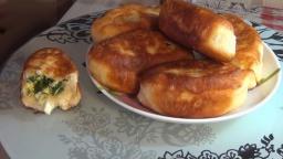 Пирожки жаренные с зеленым луком и яйцом | Рецепт Светланы Черновой