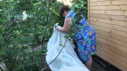 Юлия Минаева -  Огурцы. Посадка огурцов.Часть 2. Новый способ. Высокая урожайность.