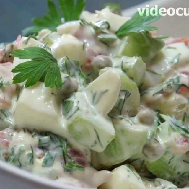 Салат из копчёной рыбы с лимоном домашний видео рецепт