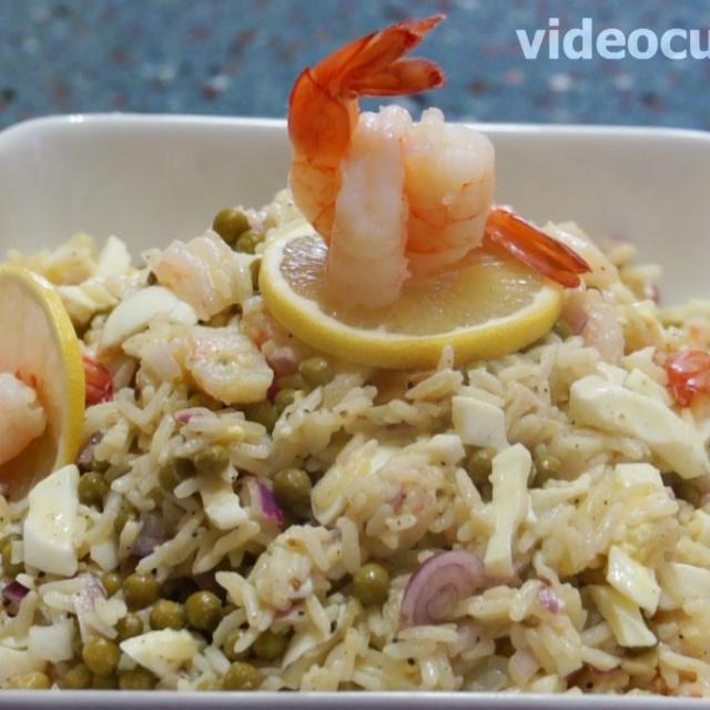Салат из креветок с ананасом вкусный к праздничному столу рецепт видео