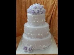 Cвадебный торт с венком роз 2 часть