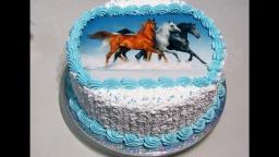 Светлана кесслер Простое оформление тортика кремом БЗК и картинкой.