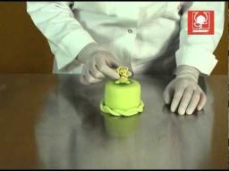 Украшение тортов мастикой.mpg
