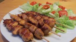 Ирина Хлебникова -  Куриные шашлычки в сладкой паприке на сковородке |Рецепт