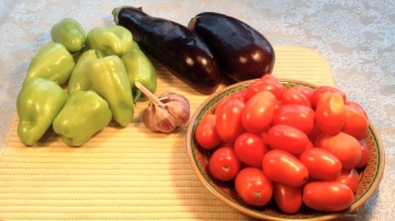 Огород где все растет 231. Вкуснейшие баклажаны с болгарским перцем и помидорами на зиму.