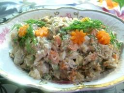 Очень вкусный салат с рыбой,грибами и орехами | Рецепт Светланы Черновой