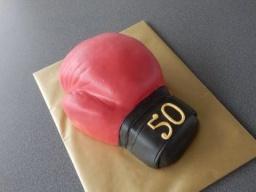 """торт 3 Д """"боксерская перчатка"""" /3D Torte Boxerhandschuh"""