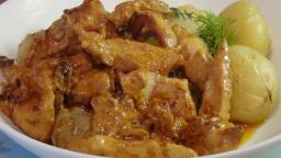 Аппетитная куриная грудка под сметанным соусом | Рецепт Светланы Черновой