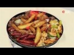 Подача (сервировка) мяса с картошкой в сковородке фламбированного /  Илья Лазерсон / Обед безбрачия