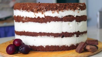 Я ТОРТодел Похрустим? Шоколадный торт с черешней, хрустящей прослойкой и йогуртовым кремом - Я - ТОР