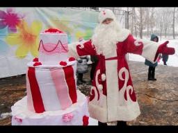 """Торт-сюрприз на дне рождения Деда Мороза. Праздничное агентство """"КОЛИБРИ"""", детский праздник г.Выкса"""