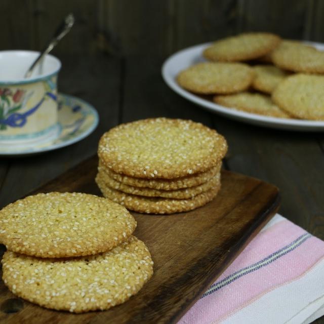 Рецепт кунжутного печенья. Смотреть
