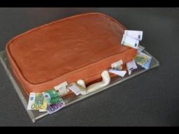 """Торт для мужчины -""""Чемодан с деньгами"""""""
