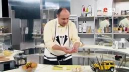Как быстро почистить и нарезать чеснок мастер-класс от шеф-повара / Илья Лазерсон / полезные советы