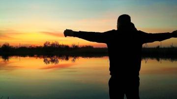 Рыбалка на ПОПЛАВОК Красивые ПОКЛЁВКИ Классика ЖАНРА поплавочной рыбалки