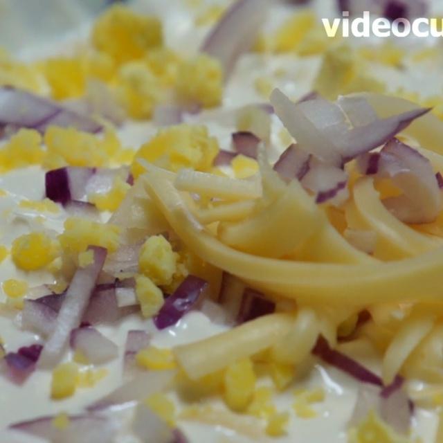 """Салат """"Воздушный"""" видео рецепт от Бабушки Эммы"""