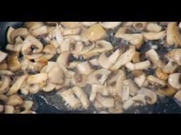 Как правильно жарить шампиньоны мастер-класс от шеф-повара / Илья Лазерсон