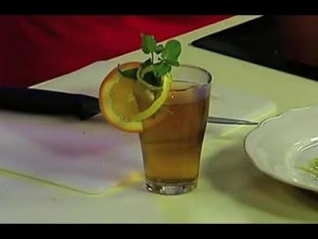 Лазерсон Как украсить коктейль цедрой лимона лайма / Кулинарный ликбез