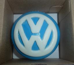 Как украсить мастикой капкейк | Капкейк ко дню Автомобилиста с логотипом компании Volkswagen