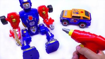 Собираем конструктор для детей. Цветной трансформер и цветные машинки мультик