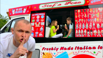 Мистер Макс Макс и Катя играют в Вагончике мороженого или  Dad's ice-cream truck