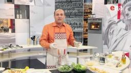 """Как правильно перемешивать салат """"Цезарь"""" / от шеф-повара /  Мировой повар"""