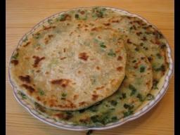 Ирина Хлебникова - Китайские слоеные лепешки с зеленым луком рецепт