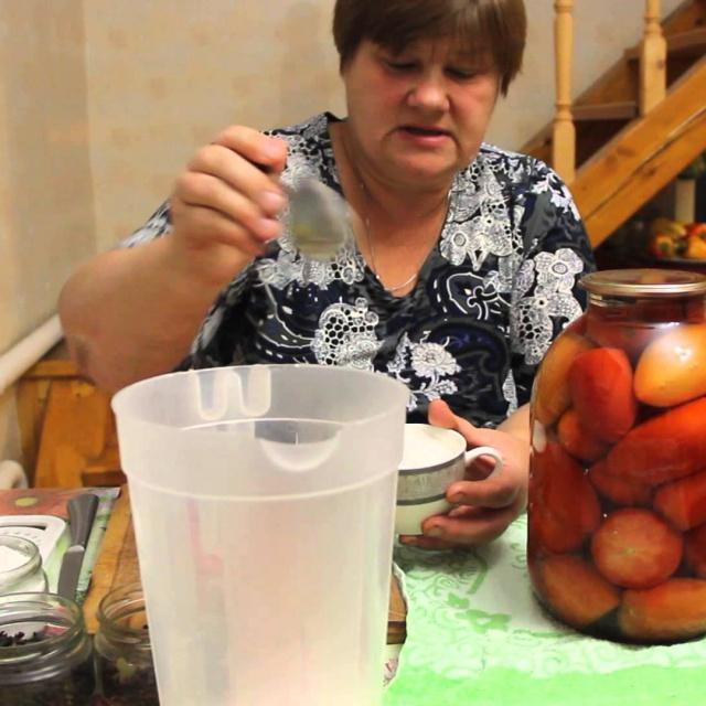 Как консервировать помидоры. Заготовки на зиму