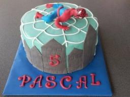 """торт""""Человек-паук"""" украшаем торт мастикой Spiderman Torte"""