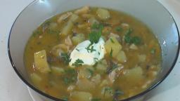 Суп картофельный со свежими грибами. Книга о вкусной и здоровой пище